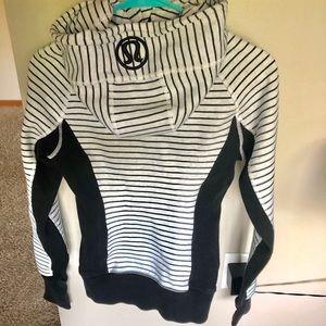 Lululemon hoodie (Size 4)